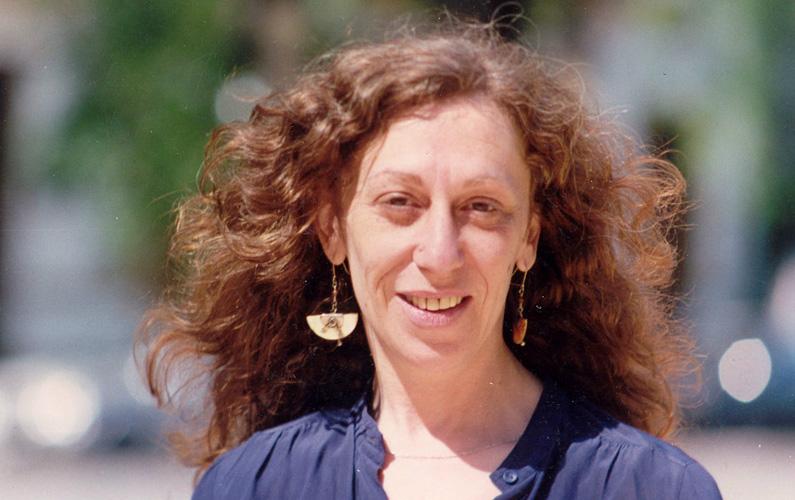 """Entrevista a Susana Szwarc: """"La poesía me brinda cuerpo"""""""