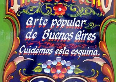 Wikicommons / FILETEADO PORTEÑO: Buenos Aires, calles Carlos Gardel y Anchorena. Filete de Elvio Gervasi.