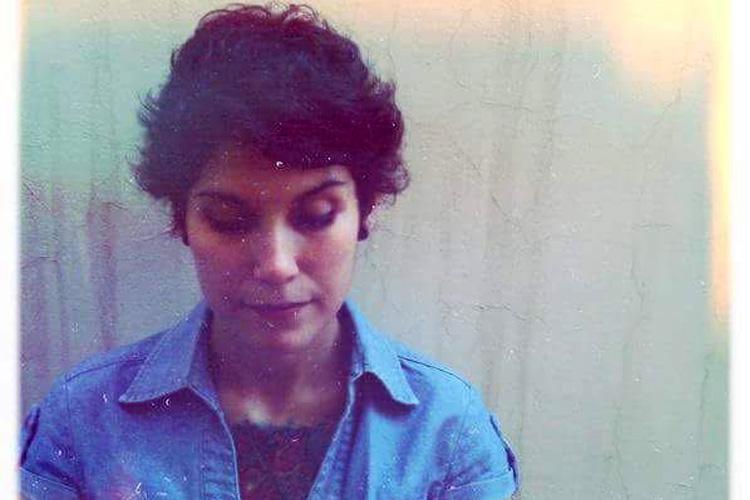 """MARIANA ARABARCO: """"Un instante me capta y se torna vehículo poético"""""""