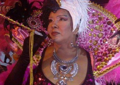 Mary Robles como Cruella de Vil