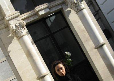 Flores para la tumba de Oliverio Girondo   Claudia Sánchez Rod
