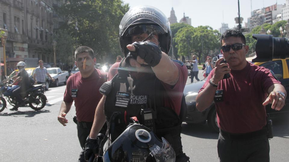 """AReCIA REPUDIA LA REPRESIÓN Y DETENCIÓN DE FOTOPERIODISTAS EN """"CUADERNAZO"""", Y EXIGE PROTECCIÓN PARA EJERCER LA LIBERTAD DE PRENSA"""