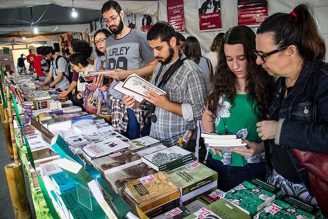 LIBROS BRASILEROS Y ARGENTINOS